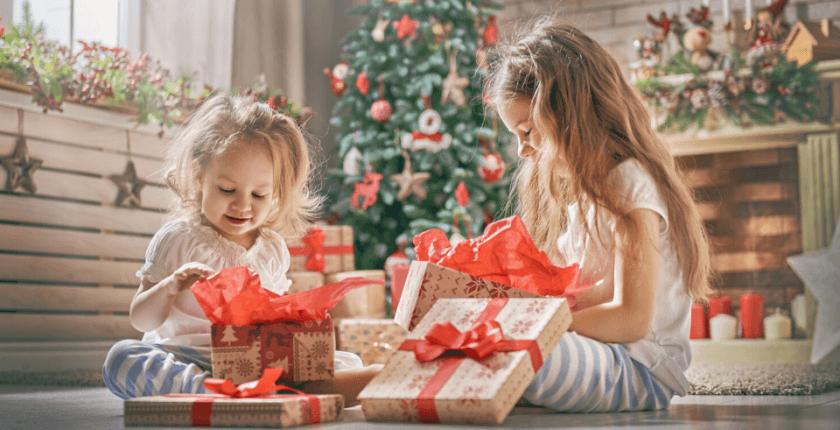 Kuda nas vodi preterano poklanjanje deci u vreme novogodišnjih praznika i šta je pravi poklon za dete?