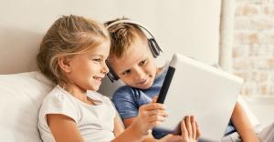 5 načina da iskoristite vreme koje vaše dete provodi ispred televizora, tableta, telefona